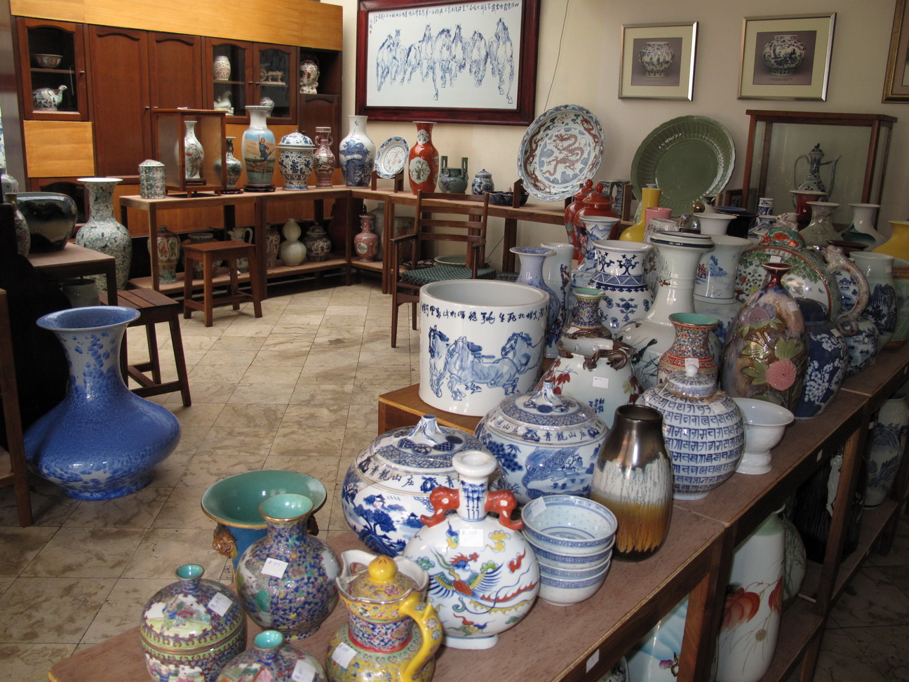 FOR SALE: Great Sale Chinese Ceramic Collection