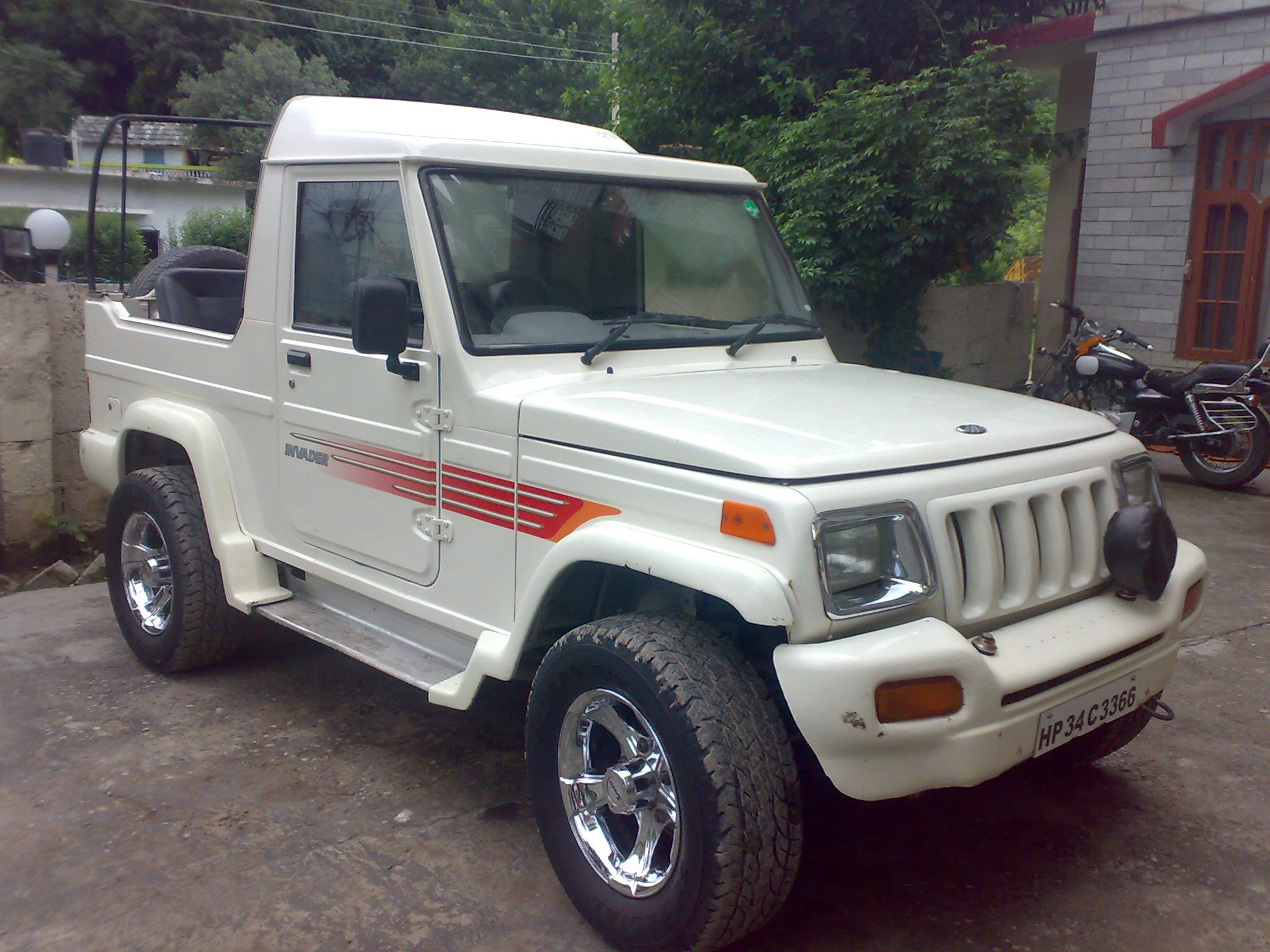 FOR SALE: Mahindra Invader 2wd