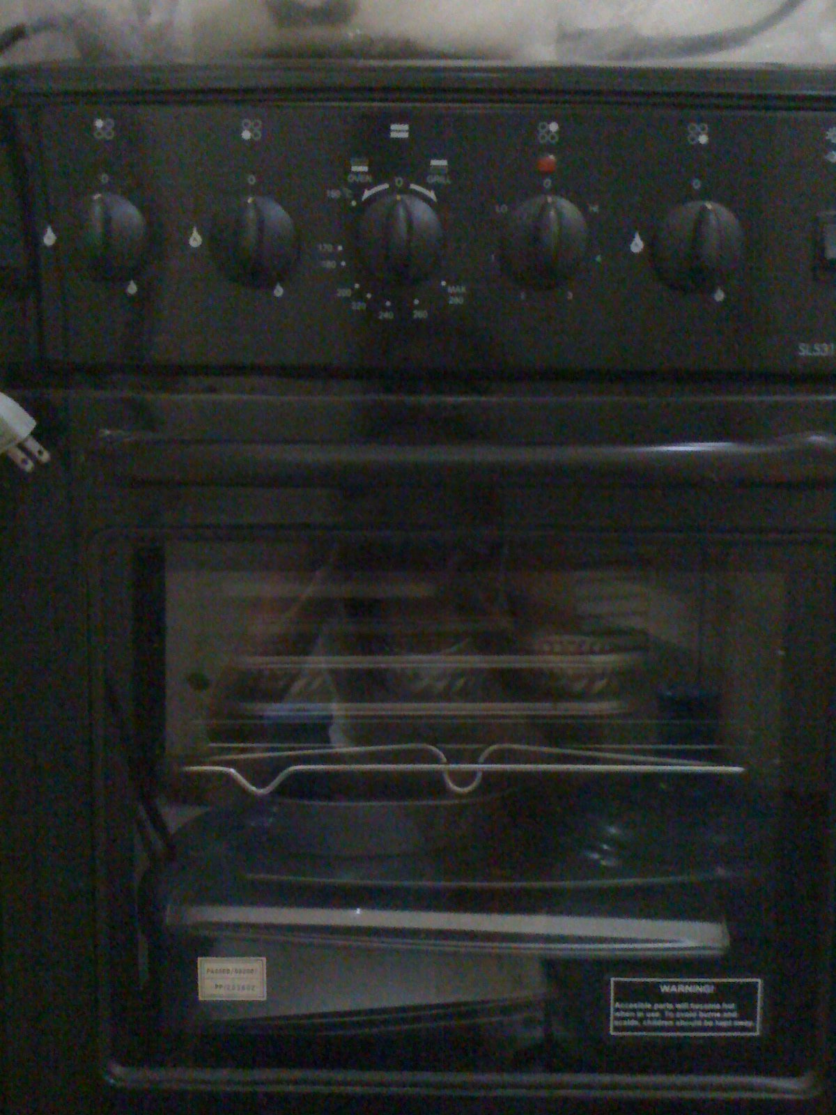 FOR SALE: Semi-used Lagermania Oven with FREE rangehood