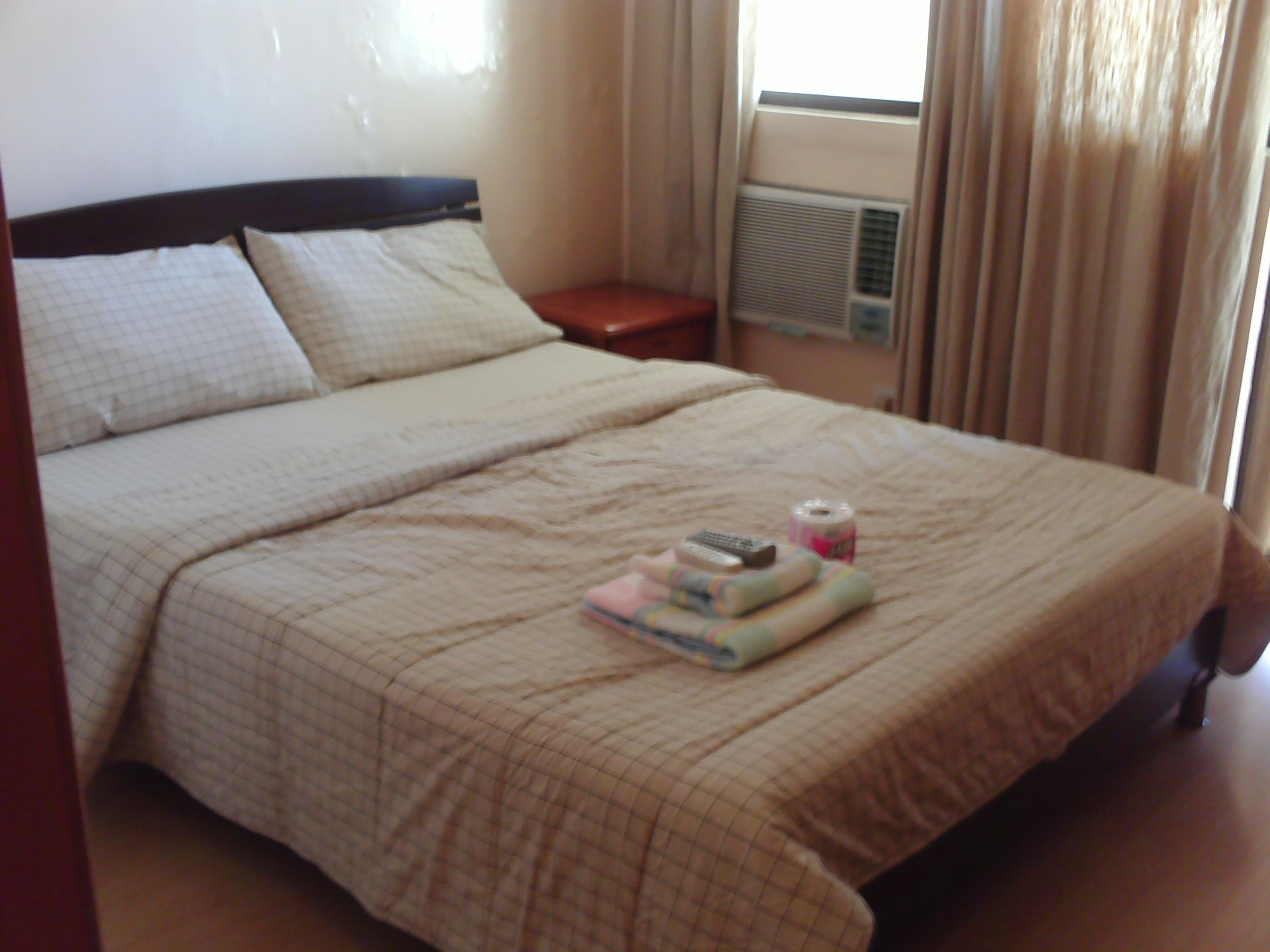 FOR RENT / LEASE: MAKATI 2,500/DAY, 16K UP/MONTH STUDIO/1BR GREENBELT AREA