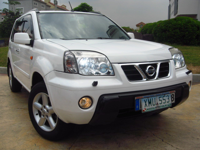 FOR SALE: VERYFRESH.....TOP OF THE LINE...2004 NISSAN XTRAIL 4X4 2.5 A/T