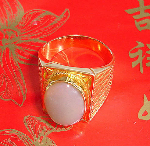 FOR SALE: GENUINE PURE 20K YELLOW GOLD MEN RING OPAL STONE