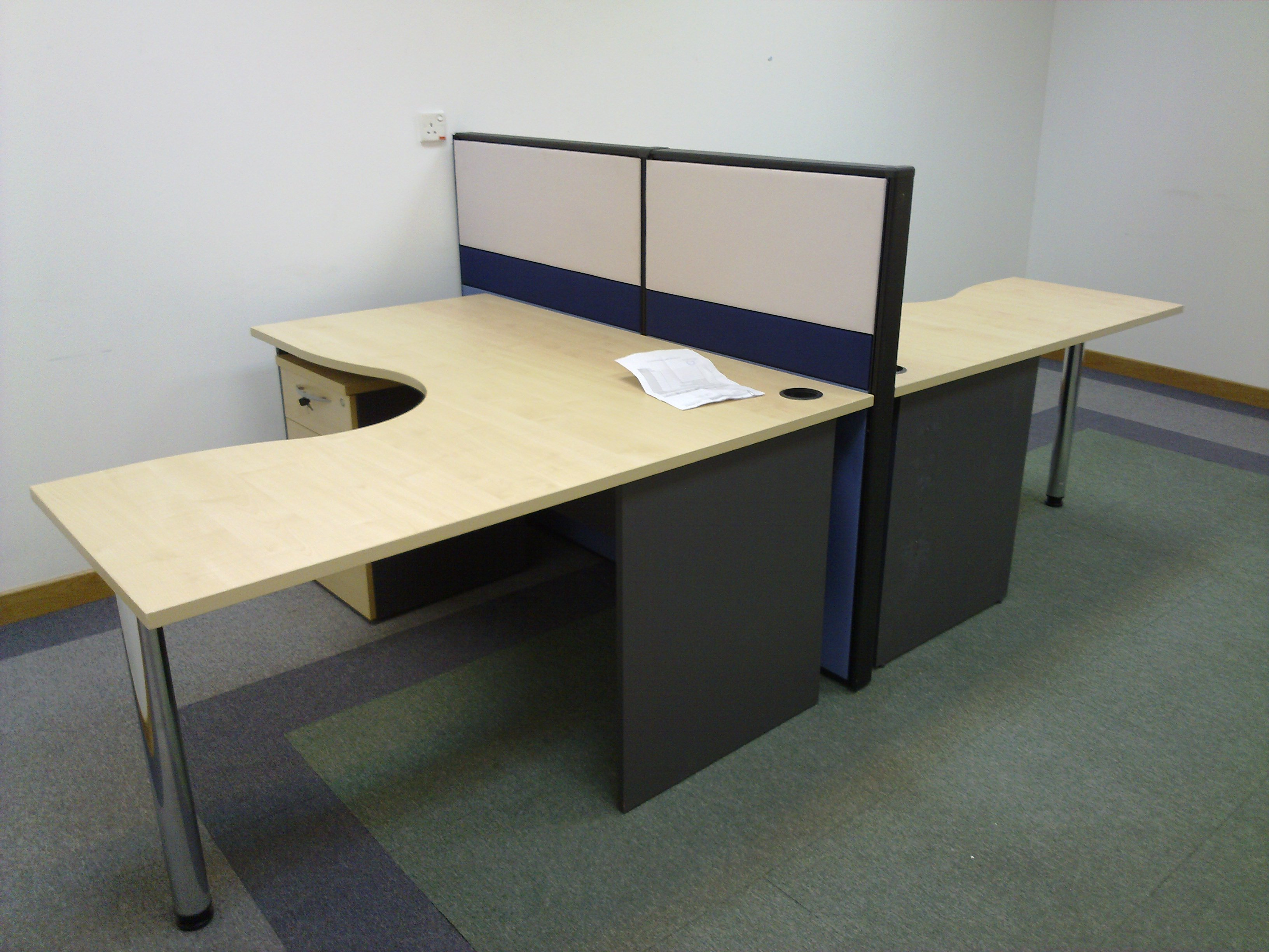 FOR SALE: Various size of Office tables/Study Tables 3ft to 8ft,,,, Call today