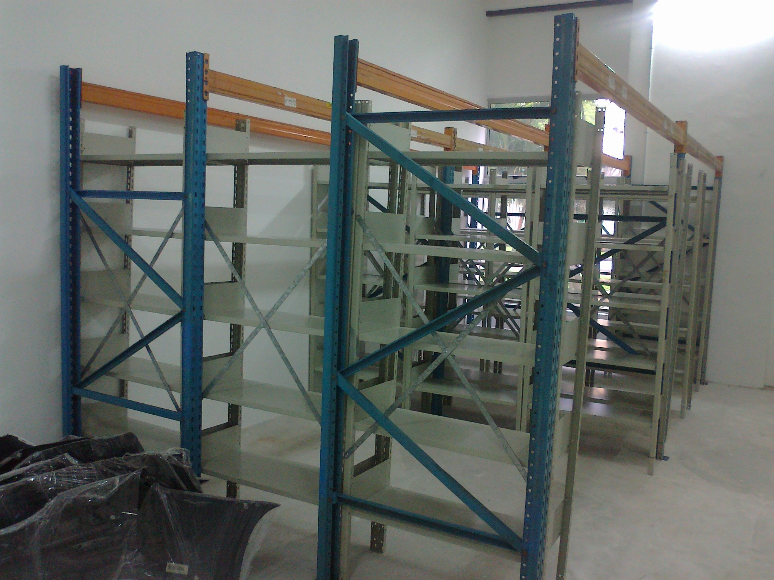 FOR SALE: Moving Clearance at Macpherson and Ubi - All types racks
