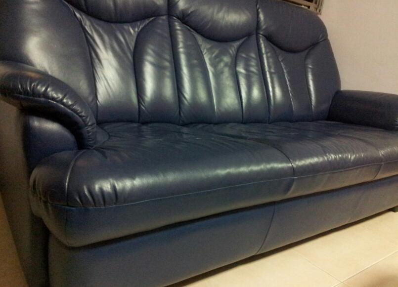 FOR SALE: 3-Seater sofa Plus 2 Recliner Armchairs for sale