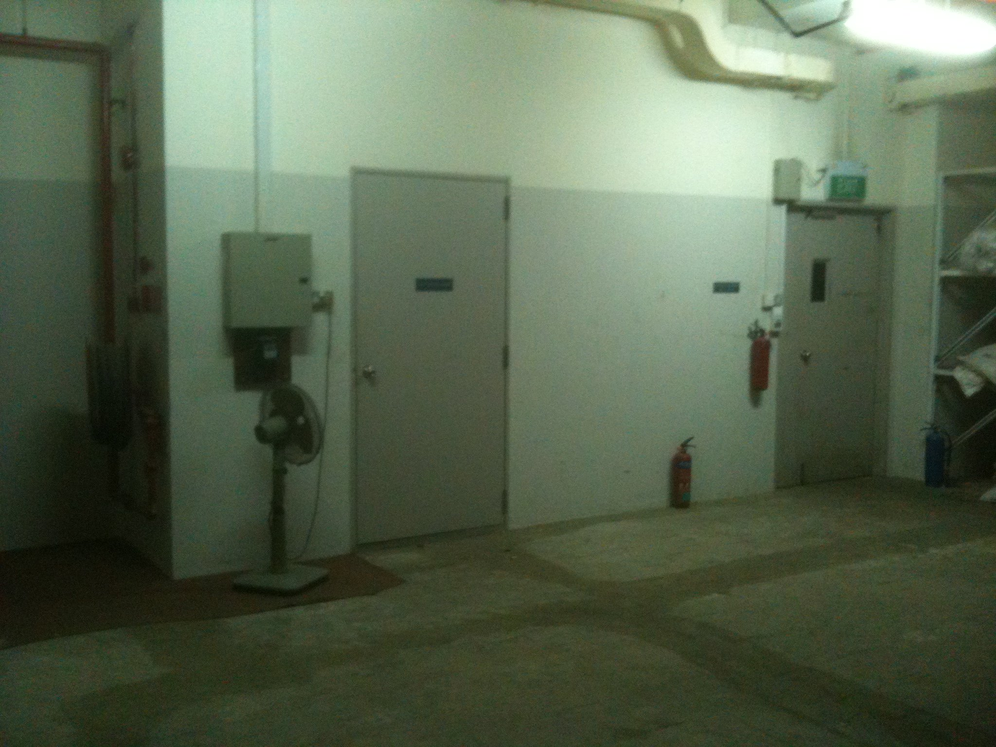 FOR RENT / LEASE: Storage area @ Paya Ubi industrial