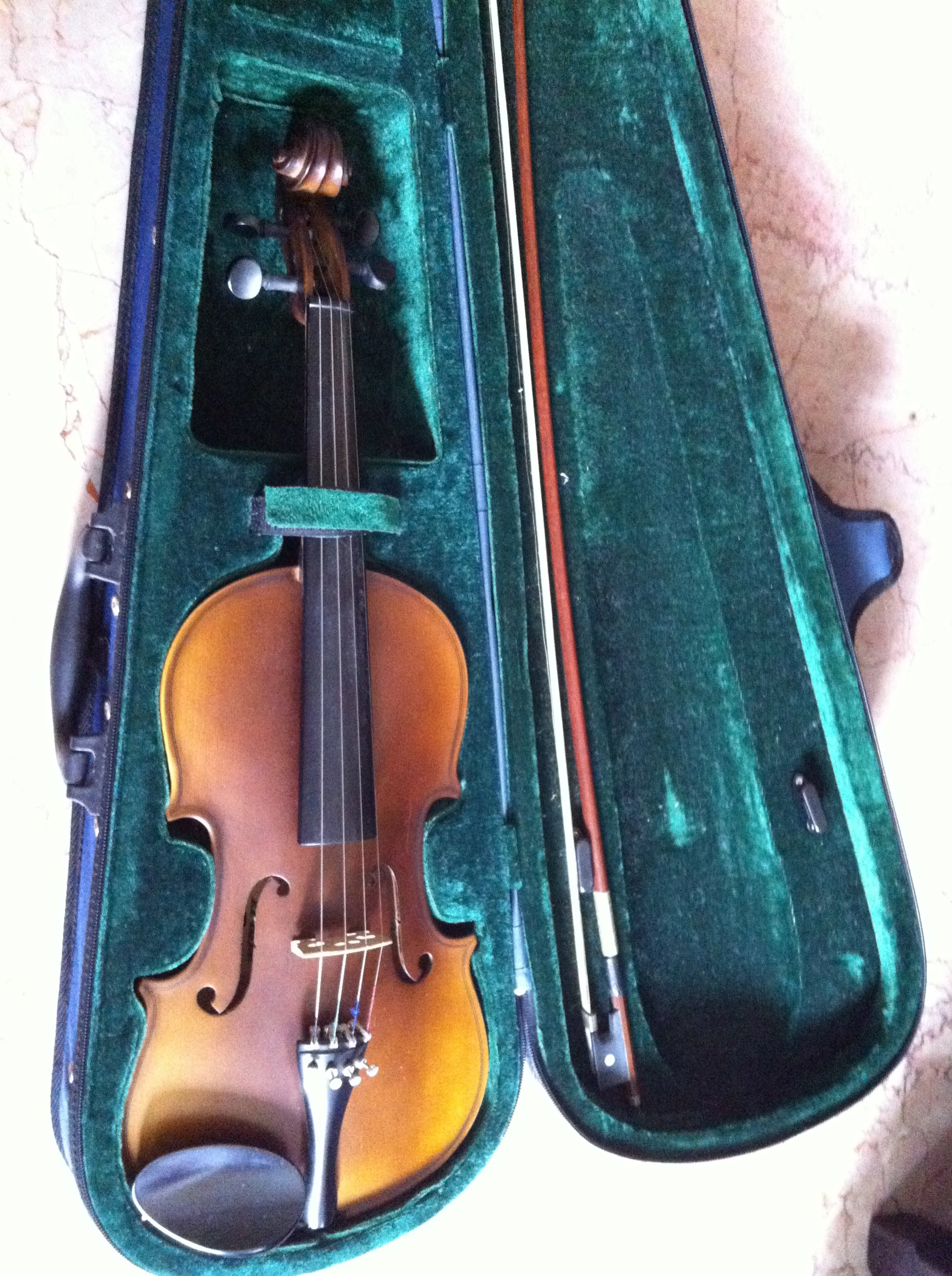FOR SALE: Violin for sale