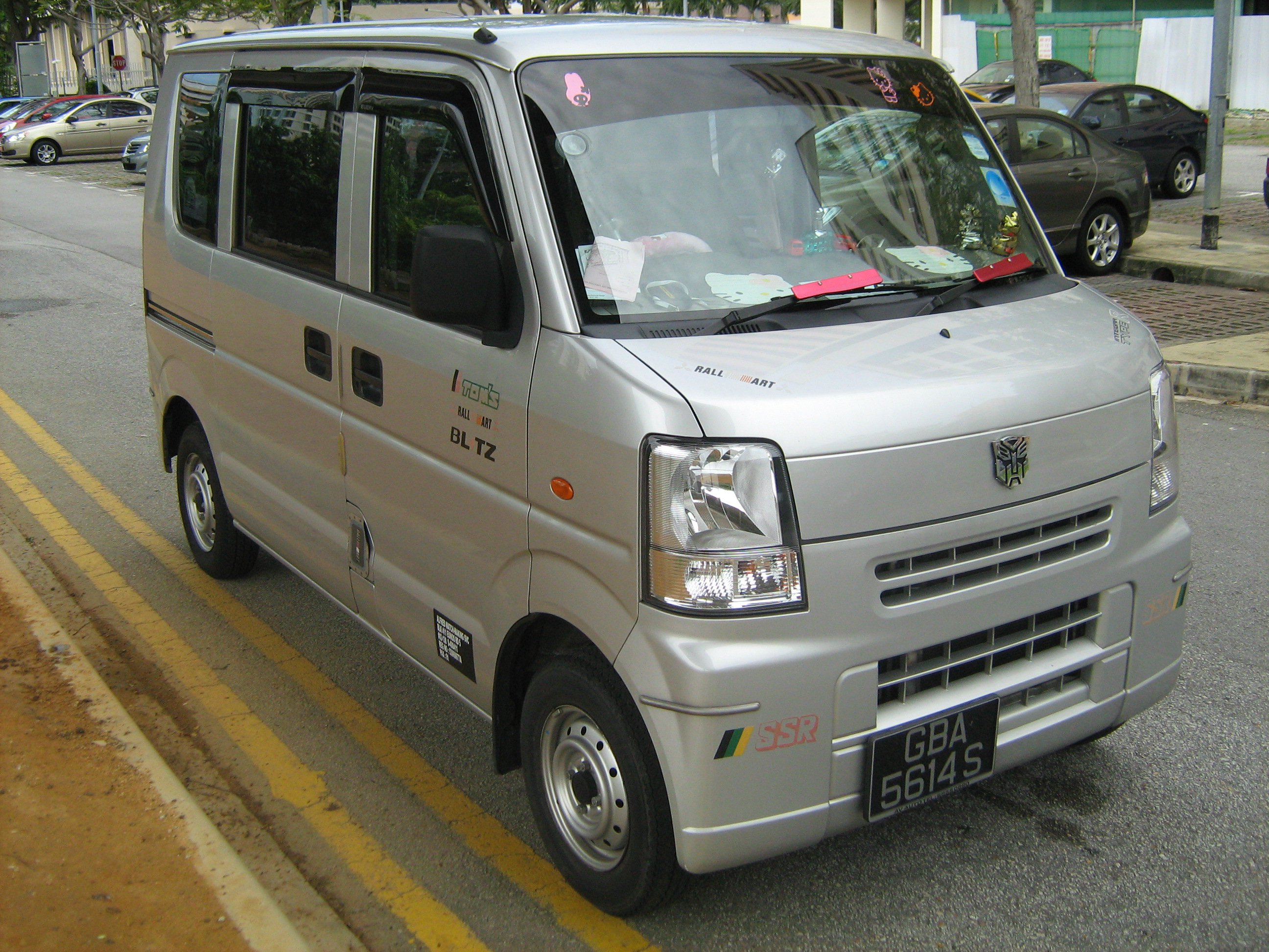 FOR SALE: Suzuki Every van for SALE Lady Driver, Auto transmission