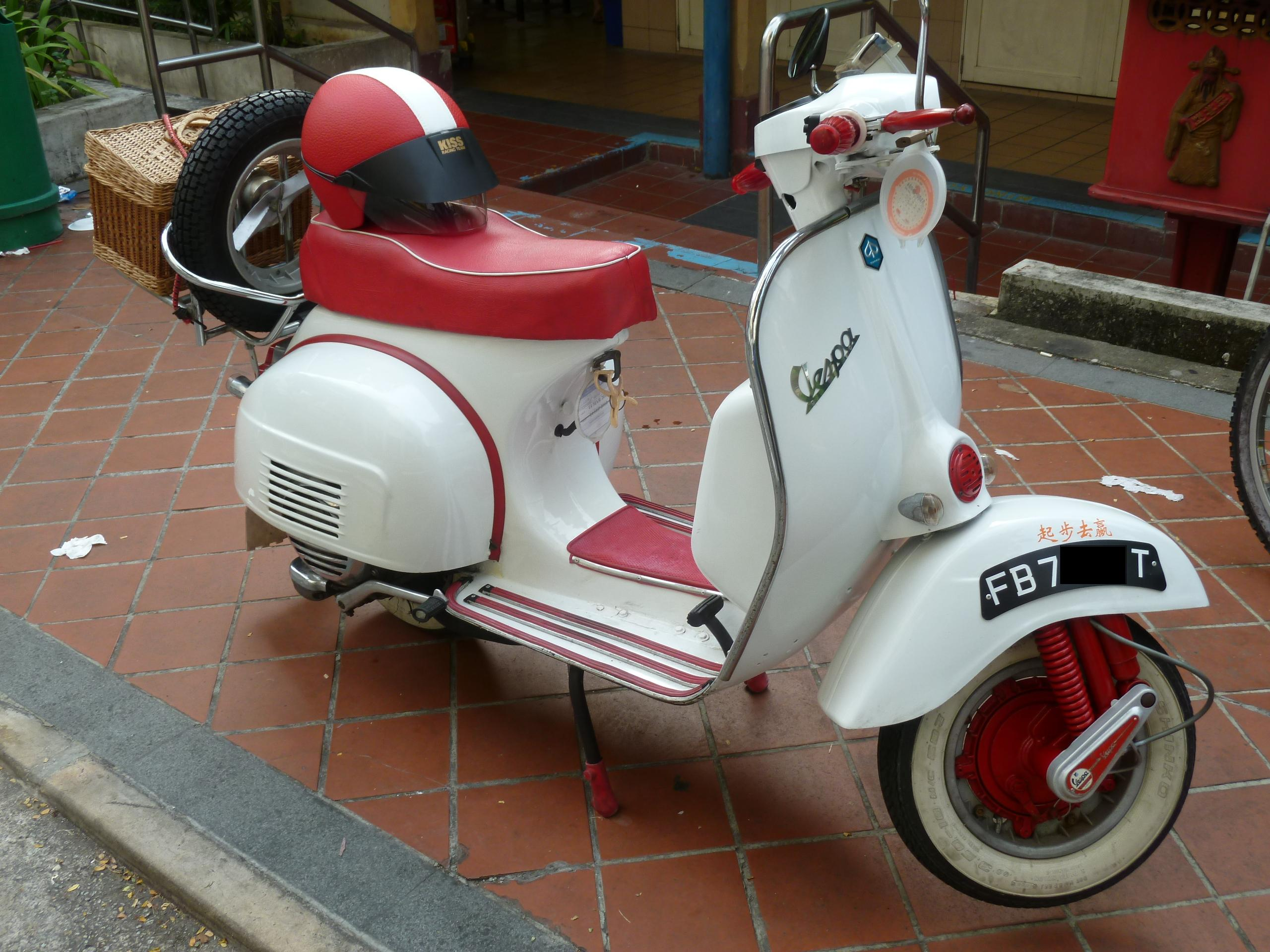 FOR SALE: Fully Restored Vespa Sprint